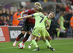 Kirsty Hanson of Manchester United Women outshines Ellie Gilliatt of Sheffield Utd Women