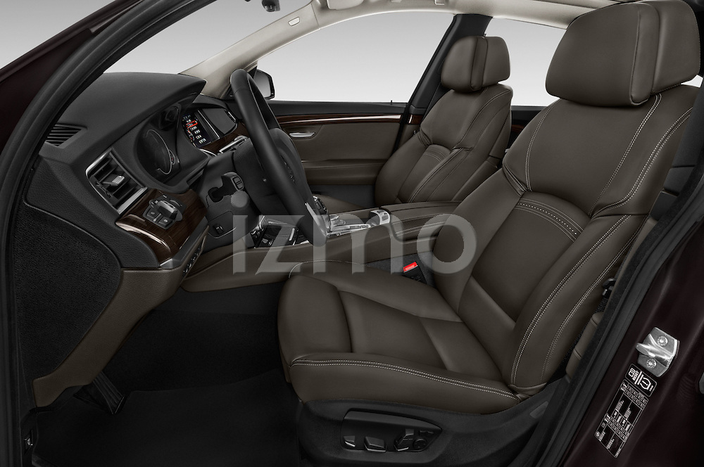 Front seat view of 2015 BMW 5 Series 535i Gran Turismo Luxury Line 5 Door Hatchback Front Seat  car photos