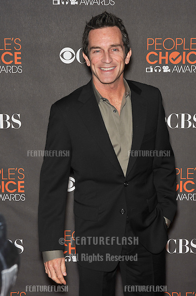 """""""Survivor"""" host Jeff Probst at the 2010 People's Choice Awards at the Nokia Theatre L.A. Live in Los Angeles..January 6, 2010  Los Angeles, CA.Picture: Paul Smith / Featureflash"""