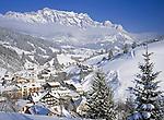 Oesterreich, Salzburger Land, Wintersportort Dienten vorm Hochkoenig | Austria, Salzburger Land, Wintersport Resort Dienten and Hochkoenig mountain