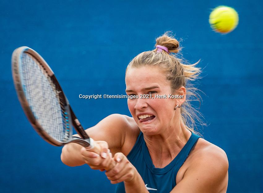 Amstelveen, Netherlands, 5  Juli, 2021, National Tennis Center, NTC, Amstelveen Womans Open, Isabelle Haverlag (NED) <br /> Photo: Henk Koster/tennisimages.com