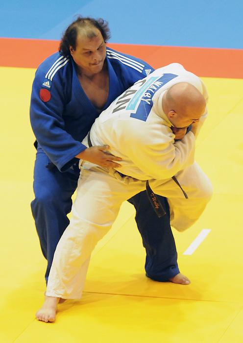 Tony Walby, Guadalajara 2011 - Para Judo // Parajudo.<br /> Tony Walby of Canada competes against William Montero of Venezuela in Para Judo // Tony Walby du Canada affronte William Montero du Venezuela en para judo. 11/18/2011.
