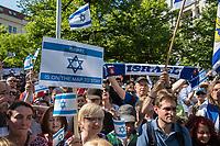 """Anlaesslich des sog. """"Al Quds-Marsch"""" protestierten am Samstag den 1. Juni in Berlin hundete Menschen unter dem Motto """"Kein Islamismus und Antisemitismus in Berlin – Gegen den Quds-Marsch"""".<br /> Zum Ende des islamischen Fastenmonats Ramadan marschieren radikale Islamisten, Anhaenger der Hisbollah und der Diktatur im Iran durch Berlin und rufen zum Kampf gegen Israel auf. Sie rufen dazu auf, die Juden aus Jerusalem (Quds) zu vetreiben und wollen Israel vernichten. Der """"Quds-Tag"""" wurde 1979 vom iranischen Revolutionsfuehrer Ayatollah Khomeini als politischer Kampftag etabliert, an dem weltweit fuer die Vernichtung Israels geworben wird.<br /> Zu dem Protest gegen den antisemitschen Aufmarsch riefen u.a. der DGB Berlin-Brandenburg, die Deutsch-Israelische Gesellschaft Berlin-Brandenburg, das  Juedische Forum fuer Demokratie und gegen Antisemitismus, die Juedische Gemeinde zu Berlin, der Lesben- und Schwulenverband Deutschland (LSVD) Berlin-Brandenburg und die Kurdische Gemeinde Deutschland auf. """"Wir demonstrieren für Solidaritaet mit Israel und protestieren gegen jede Form von antisemitischer und islamistischer Propaganda in Berlin.""""<br /> 1.6.2019, Berlin<br /> Copyright: Christian-Ditsch.de<br /> [Inhaltsveraendernde Manipulation des Fotos nur nach ausdruecklicher Genehmigung des Fotografen. Vereinbarungen ueber Abtretung von Persoenlichkeitsrechten/Model Release der abgebildeten Person/Personen liegen nicht vor. NO MODEL RELEASE! Nur fuer Redaktionelle Zwecke. Don't publish without copyright Christian-Ditsch.de, Veroeffentlichung nur mit Fotografennennung, sowie gegen Honorar, MwSt. und Beleg. Konto: I N G - D i B a, IBAN DE58500105175400192269, BIC INGDDEFFXXX, Kontakt: post@christian-ditsch.de<br /> Bei der Bearbeitung der Dateiinformationen darf die Urheberkennzeichnung in den EXIF- und  IPTC-Daten nicht entfernt werden, diese sind in digitalen Medien nach §95c UrhG rechtlich geschuetzt. Der Urhebervermerk wird gemaess §13 UrhG verlangt.]"""
