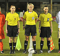 U17  Netherlands - U17 Germany : Referee..Sarah Garratt (ENG).Assistant referees..Rebecca Welch (ENG), Maria Etienne (BEL).foto DAVID CATRY / Vrouwenteam.be