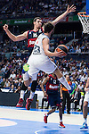 Real Madrid´s player Sergio Llull and Bayern Munich´s player Zipser during the 4th match of the Turkish Airlines Euroleague at Barclaycard Center in Madrid, Spain, November 05, 2015. <br /> (ALTERPHOTOS/BorjaB.Hojas)
