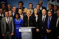 05 fÈvrier 2017, Palais des CongrËs, Lyon - Meeting de Marine Le Pen ‡ Lyon. Chant de la marseillaise en fin de meeting. # MEETING DE MARINE LE PEN A LYON