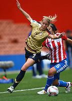 Courtney Verloo (USA) and Paola Genes (PAR)..FIFA U17 Women's World Cup, Paraguay v USA, Waikato Stadium, Hamilton, New Zealand, Sunday 2 November 2008. Photo: Renee McKay/PHOTOSPORT