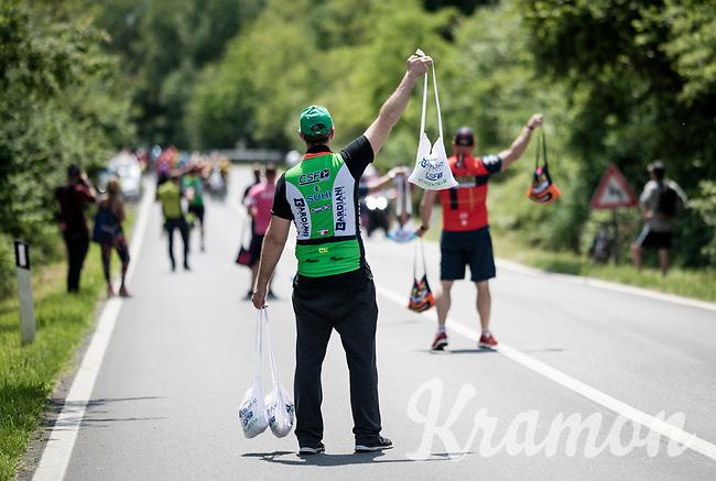 feedzone<br /> <br /> Stage 13: Pinerolo to Ceresole Reale/Lago Serrù (196km)<br /> 102nd Giro d'Italia 2019<br /> <br /> ©kramon