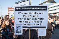"""Ca. 1.000 Menschen demonstrierten am 1. November 2014 in Berlin anlaesslich des dritten Jahrestages der Selbstenttarnung Neonazi-Terrororganisation """"Nationalsozialistischer Untergrund"""" (NSU) im Jahre 2011 in Gedenken an die Opfer der NSU-Terroristen. Sie forderten Aufklaerung ueber die Zusammenarbeit von deutschen Geheimdiensten und Neonazis, die von den Behoerden bislang nur sehr zoegerlich betrieben wird. Noch immer werden in den verschiedenen Untersuchungsausschuessen Akten von Geheimdiensten zurueckgehalten, nur unvollstaendig zur Verfuegung gestellt und behoerdliche Zeugen duerfen vor den Untersuchungsausschuessen und im Muenchner NSU-Prozess nur bedingt aussagen.<br /> Zu der Gedenkdemonstration hatte ein Buendnis antirassistischer Initiativen aufgerufen.<br /> 1.11.2014, Berlin<br /> Copyright: Christian-Ditsch.de<br /> [Inhaltsveraendernde Manipulation des Fotos nur nach ausdruecklicher Genehmigung des Fotografen. Vereinbarungen ueber Abtretung von Persoenlichkeitsrechten/Model Release der abgebildeten Person/Personen liegen nicht vor. NO MODEL RELEASE! Nur fuer Redaktionelle Zwecke. Don't publish without copyright Christian-Ditsch.de, Veroeffentlichung nur mit Fotografennennung, sowie gegen Honorar, MwSt. und Beleg. Konto: I N G - D i B a, IBAN DE58500105175400192269, BIC INGDDEFFXXX, Kontakt: post@christian-ditsch.de<br /> Urhebervermerk wird gemaess Paragraph 13 UHG verlangt.]"""