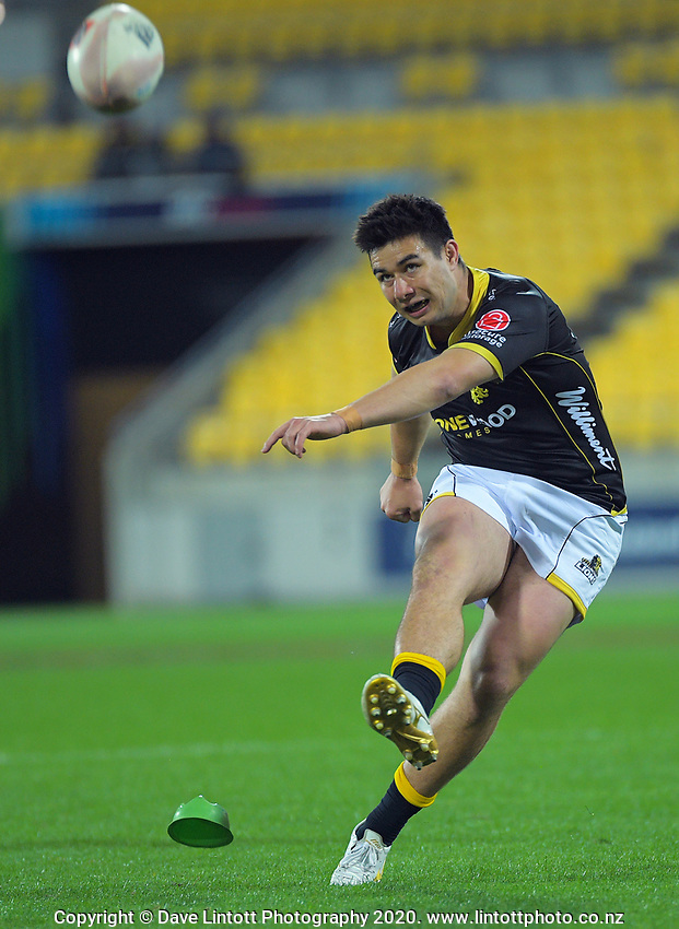 Jackson Garden-Bachop kicks for goal during the Mitre 10 Cup rugby match between Wellington Lions and  Bay Of Plenty Steamers at Sky Stadium in Wellington, New Zealand on Friday, 25 September 2020. Photo: Dave Lintott / lintottphoto.co.nz