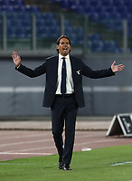 Football, Serie A: S.S. Lazio - Fiorentina, Olympic stadium, Rome, June 27, 2020. <br /> Lazio's coach Simone Inzaghi speaks with his players during the Italian Serie A football match between S.S. Lazio and Fiorentina at Rome's Olympic stadium, Rome, on June 27, 2020. <br /> UPDATE IMAGES PRESS/Isabella Bonotto
