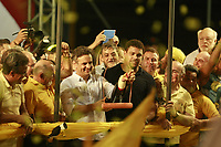 PA - ELEICOES/SIMAO JATENE/ AECIO NEVES – POLITICA-**ATENCAO,  FOTO EMBARGADA PARA VEICULOS DO ESTADO DO PARA** - O candidato do PDSB a presidencia da Republica, Aecio Neves, participa de ato de campanha Apoio Candidato Reeleicao Simao Jatene PSDB,com presenca ronaldo fenomeno e fafa de belem , avenida Pedro Miranda em Belem (PA),na noite desta segunda-feira.<br />  <br /> Foto: TARSO SARRAF