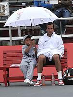 BOGOTA- COLOMBIA 24-07-2015: Radek Stepanek de Republica Checa, se resguarda de la lluvia durante partido del ATP Claro Open Colombia de Tenis en las canchas del Centro de Alto rendimiento en Altura en la ciudad de Bogota. / Radek Stepanek of  Czech Republic, is sheltered from rain during a match to the ATP Claro Open Colombia of Tennis in the courts of the High Performance Center in Altura in Bogota City. Photo: VizzorImage / Luis Ramirez / Staff.