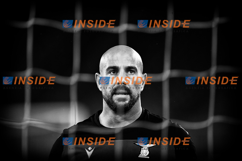 Manuel Jose Pepe Reina of SS Lazio looks on during the warm up prior to the Champions League Group Stage F football match between SS Lazio and Club Brugge at stadio Olimpicoin Rome (Italy), December, 8th, 2020. Photo Andrea Staccioli / Insidefoto