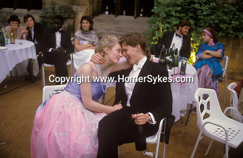 Oxford, Oxfordshire. 1985   <br /> White tie and tails is the preferred dress code at The Commemoration Ball at Magdalen College each June, which celebrates the Founders and Benefactors of the college. Students and their guests have been dancing the night away in some style for at least a hundred years.