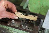 Europe/France/Aquitaine/24/Dordogne/Périgord vert/Nontron: Fabrication des couteaux de Nontron à la Coutellerie Nontronnaise