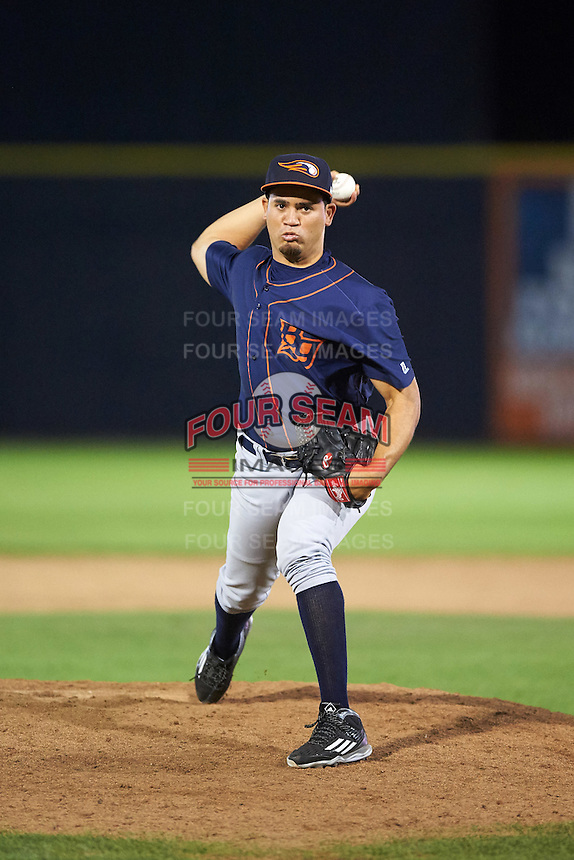 Bowing Green Hot Rods relief pitcher Elias Torres (29) during a game against the Quad Cities River Bandits on July 24, 2016 at Modern Woodmen Park in Davenport, Iowa.  Quad Cities defeated Bowling Green 6-5.  (Mike Janes/Four Seam Images)