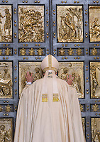 Papa Francesco apre la Porta Santa, in occasione dell'inizio ufficiale del Giubileo della Misericordia, nella Basilica di San Pietro, Citta' del Vaticano, 8 dicembre 2015.<br /> Pope Francis opens the Holy Door, on the occasion of the start of the Jubilee of Mercy, on St. Peter's Basilica at the Vatican, 8 December 2015.<br /> UPDATE IMAGES PRESS/Bonotto Giagnori<br /> <br /> STRICTLY ONLY FOR EDITORIAL USE<br /> <br /> *** ITALY AND GERMANY OUT ***