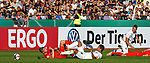 10.08.2019, Donaustadion, Ulm, GER, DFB Pokal, SSV Ulm 1846 Fussball vs 1. FC Heidenheim, <br /> DFL REGULATIONS PROHIBIT ANY USE OF PHOTOGRAPHS AS IMAGE SEQUENCES AND/OR QUASI-VIDEO, <br /> im Bild nach Kampf um den Ball liegen David Otto (Heidenheim, #26), Florian Krebs (Ulm, #4), Michael Schindele (Ulm, #3) und Sebastian Griesbeck (Heidenheim, #18) am Boden<br /> <br /> Foto © nordphoto / Hafner