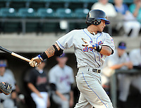 August 2, 2009: Infielder Gered Mochizuki (11) of the Kingsport Mets, rookie Appalachian League affiliate of the New York Mets, in a game at Pioneer Park in Greeneville, Tenn. Photo by:  Tom Priddy/Four Seam Images