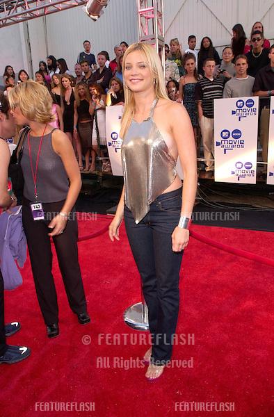 Actress AMY SMART at the MTV Movie Awards.