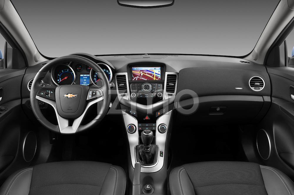 Straight dashboard view of a 2013 Chevrolet Cruze SW LTZ wagon
