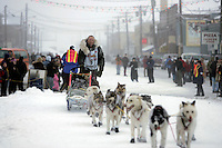Ed Iten arrives in second place at the finish line in Nome.  End of the  2005 Iditarod Trail Sled Dog Race.
