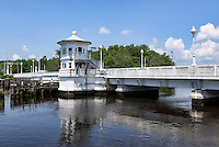 Pocomoke River Bridge, Pocomoke City, Maryland, USA
