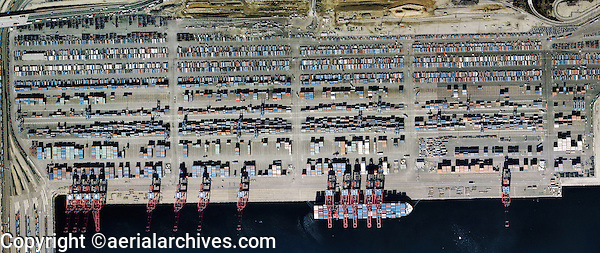aerial photograph Port of Long Beach, California