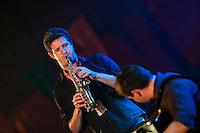 Youenn BODROS a l'accordeon diatonique et Timothe LE BOUR au saxophone