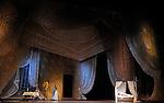 ONEGUINE..Choregraphie : CRANKO John.Mise en scene : CRANKO John.Compositeur : TCHAIKOVSKI Piotr Ilyitch.Decor : ROSE Jurgen.Lumiere : BJARKE Steen.Costumes : ROSE Jurgen.Avec :.REICHERT Ghyslaine.Lieu : Opera Garnier.Ville : Paris.Le : 15 04 2009.© Laurent PAILLIER CDDS Enguerand