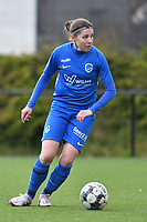 Lorene Martin (6) of KRC Genk with the ball during a female soccer game between Sporting Charleroi and KRC Genk on the 4 th matchday in play off 2 of the 2020 - 2021 season of Belgian Scooore Womens Super League , friday 30 th of April 2021  in Marcinelle , Belgium . PHOTO SPORTPIX.BE | SPP | Jill Delsaux