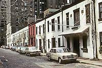 New York City: Behind Washington Square North--Washington Mews? Photo '78.