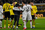 14.02.2020, Signal Iduna Park, Dortmund, GER, 1. BL, Borussia Dortmund vs Eintracht Frankfurt, DFL regulations prohibit any use of photographs as image sequences and/or quasi-video<br /> <br /> im Bild / picture shows / Schlussjubel / Schlußjubel / Emotion / Freude / der Mannschaft von Dortmund, Frankfurt unzufrieden / enttaeuscht / niedergeschlagen / frustriert, <br /> <br /> Foto © nordphoto/Mauelshagen