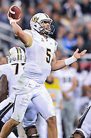 January 01, 2014:<br /> <br /> UCF Knights quarterback Blake Bortles #5 throws a pass during Tostitos Fiesta Bowl at University of Phoenix Stadium in Scottsdale, AZ. UCF defeat Baylor 52-42 to claim it's first ever BCS Bowl trophy.