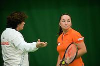 29-1-09, Almere, Training Fedcup team, Capain Mannon Bollegraf coaches Nicole Thyssen