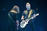 © Joel Goodman - 07973 332324 . 28/10/2017 . Manchester , UK . Kirk Hammett and James Hetfield . Metallica perform at the Manchester Arena . Photo credit : Joel Goodman