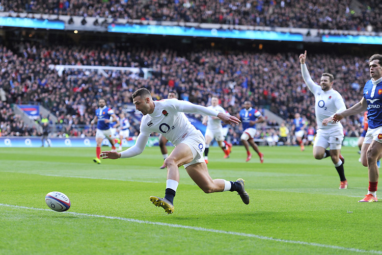 Jonny May of England scores a try in the opening minutes during the Guinness Six Nations match between England and France at Twickenham Stadium on Sunday 10th February 2019 (Photo by Rob Munro/Stewart Communications)