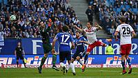 07.04.2018, Football 1. Bundesliga 2017/2018, 29.  match day, Hamburger SV - FC Schalke 04, Volksparkstadium Hamburg. goal  1:1 *** Local Caption *** © pixathlon<br /> <br /> Contact: +49-40-22 63 02 60 , info@pixathlon.de