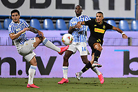 Alexis Sanchez of FC Internazionale in action challenged by Thiago Cionek and Bryan Dabo of Spal during the Serie A football match between SPAL and Internazionale FC at Paolo Mazza stadium in Ferrara ( Italy ), July 16th, 2020. Play resumes behind closed doors following the outbreak of the coronavirus disease. Photo Andrea Staccioli / Insidefoto