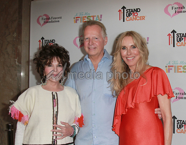 9 September 2017 - Carole Bayer Sager, David Dreier,  Alana Stewart attend Farrah Fawcett Foundation's 'Tex-Mex Fiesta' event honoring Stand Up To Cancer at the Wallis Annenberg Center for the Performing Arts . Photo Credit: Theresa Bouche/AdMedia