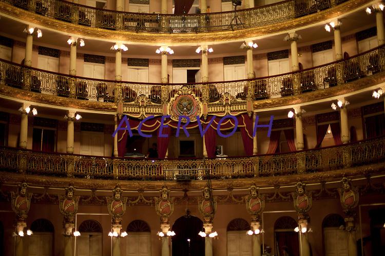 Interior do Teatro Amazonas, construído em 1896, durante o ciclo da borracha, na praça de São Sebastião. Manaus/2011. Foto: Ana Mokarzel
