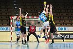 Tim Kneule (FAG) beim Wurf beim Spiel in der Handball Bundesliga, Frisch Auf Goeppingen - TVB 1898 Stuttgart.<br /> <br /> Foto © PIX-Sportfotos *** Foto ist honorarpflichtig! *** Auf Anfrage in hoeherer Qualitaet/Aufloesung. Belegexemplar erbeten. Veroeffentlichung ausschliesslich fuer journalistisch-publizistische Zwecke. For editorial use only.