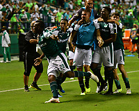 PALMIRA - COLOMBIA, 02-09-2018: Miguel Murillo (Izq) jugador del Deportivo Cali celebra después de anotar un gol a Atlético Junior durante partido por la fecha 7 de la Liga Águila II 2017 jugado en el estadio Palmaseca de la ciudad de Palmira. / Miguel Murillo (L) player of Deportivo Cali celebrates after scoring a goal to Atletico Junior during match for the date 7 of the Aguila League II 2017 played at Palmaseca stadium in Palmira city.  Photo: VizzorImage/ Nelson Rios / Cont
