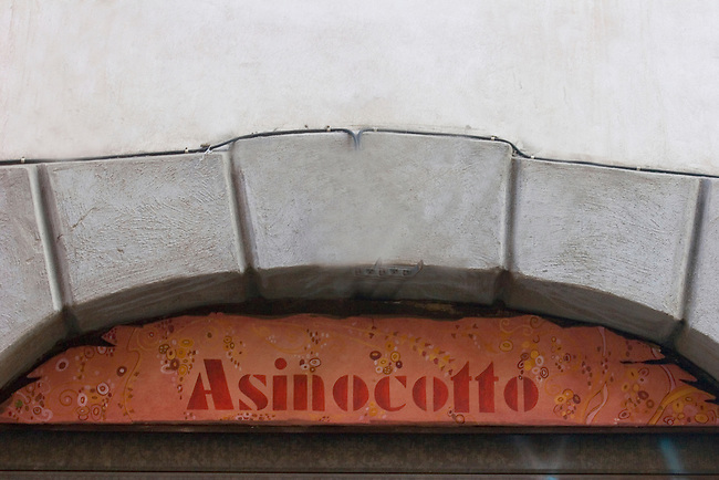 Asionocotto Restaurant, Rome, Italy