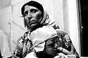 Iraq 2007 .After the bombing in Chengal, Yezedi mother with her child in Dohok hospital.<br /> Irak 2007.Apres l'attentat de Chengal, une femme Yezedi avec son enfant a l'hopital de Dohok
