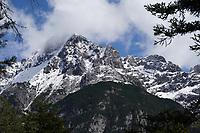 Blick auf den Karwendel - Seefeld 23.05.2021: Leutascher Geisterklamm