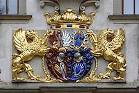 Wappen, Altes Schloss im Fürst Pückler Park, Bad Muskau, Sachsen, Deutschland, Europa, UNESCO-Weltkuturerbe<br /> Coat of arms at old palace  in Fürst Pückler Park, Bad Muskau, Saxony, Germany, Europe, UNESCO-World Heritage