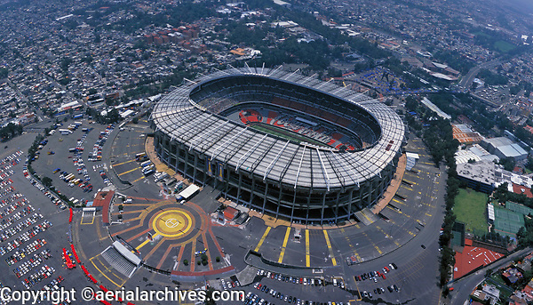 aerial photograph of the Aztec Stadium, Iztapala, Mexico City, designed by Pedro Ramirez Velazquez and Rafael Mijares | fotografía aérea del Estadio Azteca, Iztapala, Ciudad de México