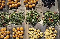 """Asie/Malaisie/Kuala Lumpur: Chinatown - Etal sur le marché """"Chowkit"""""""
